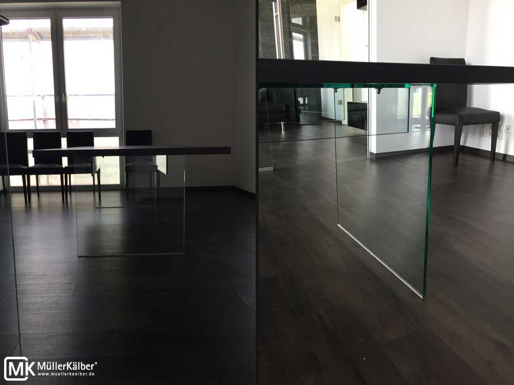 MK-Tisch-mit-Glasfuss-02