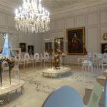 Zauberhafte Klimavitrinen mit unsichtbarer Stromzufuhr für das Schloss Mannheim