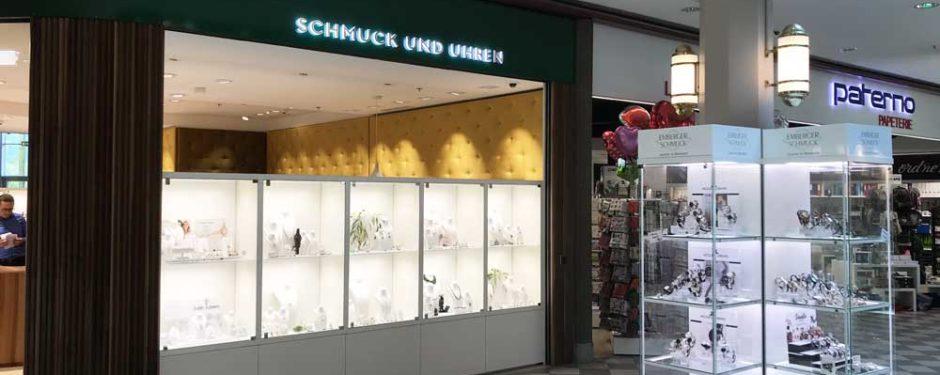 Schaufenster- und Thekenvitrinen bei Emberger Schmuck