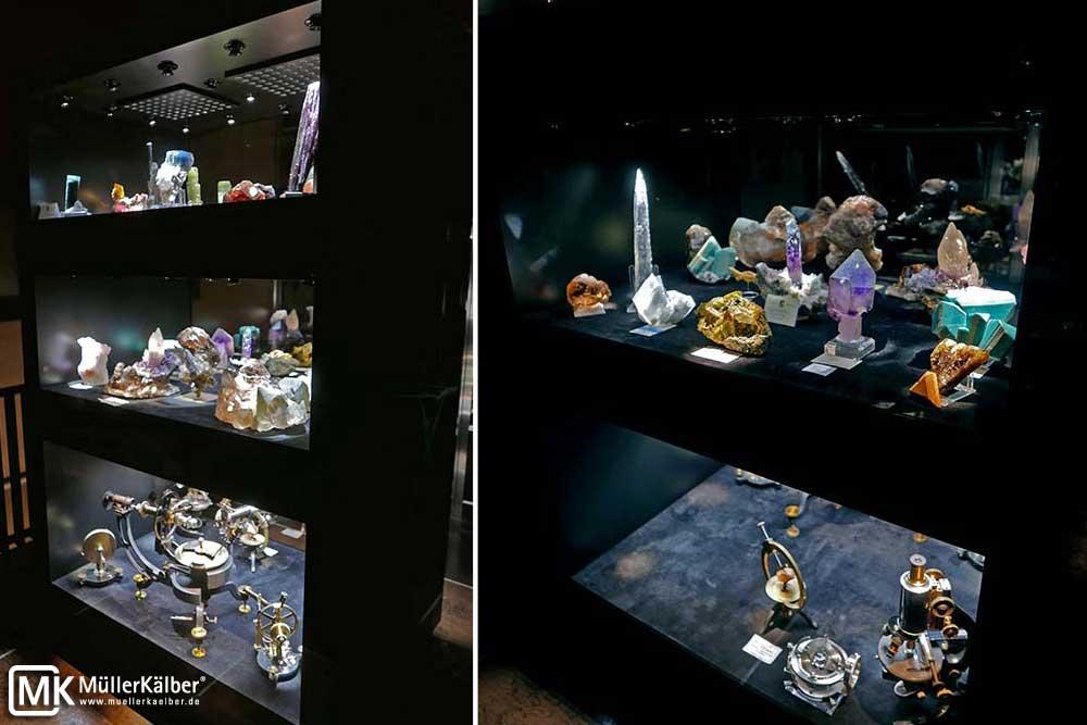 Edelsteinpräsentation in Sammlervitrine bei einem privaten Sammler